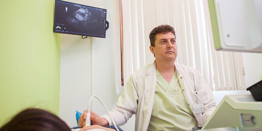 Д-р Анатолий Кръстев, акушер-гинеколог